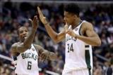 Ефектні данки ЛеБрона і Адетокумбо – найкращі моменти дня НБА