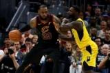NBA: Кливленд Индиана пошел, Хьюстоне начал серию с победы над Тьфу